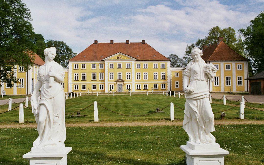 15. Sommertagesfahrt:  Schloss Bothmer, mit dem Schiff von Dassow nach Lübeck, Schloss Wotersen  am Sonnabend, dem 19. August 2017