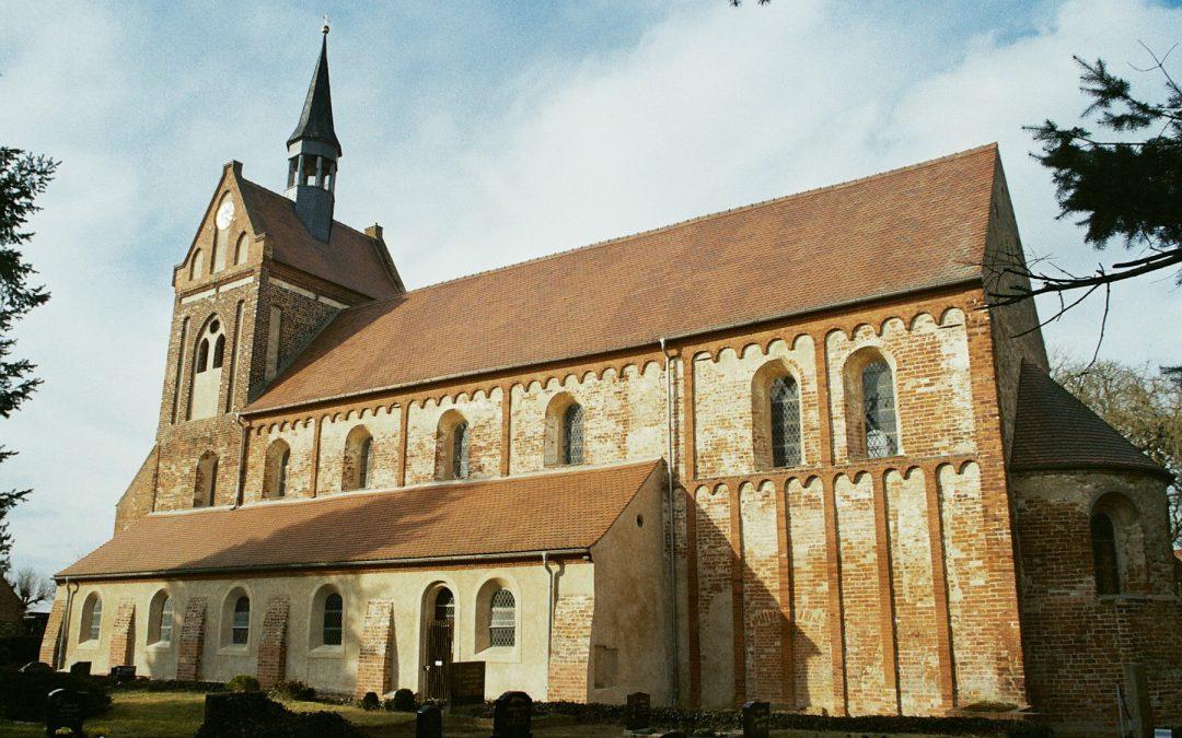 11. Spargelfahrt: Storchendorf Wahrenberg, Romanische Kirche Beuster, Dangenstorf am Sonnabend, dem 20. Mai 2017